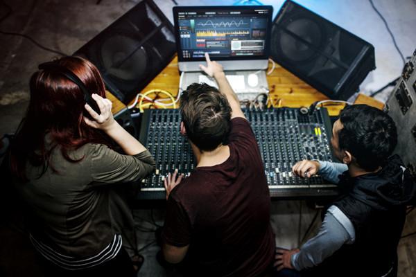 MGU 42 | Music Industry